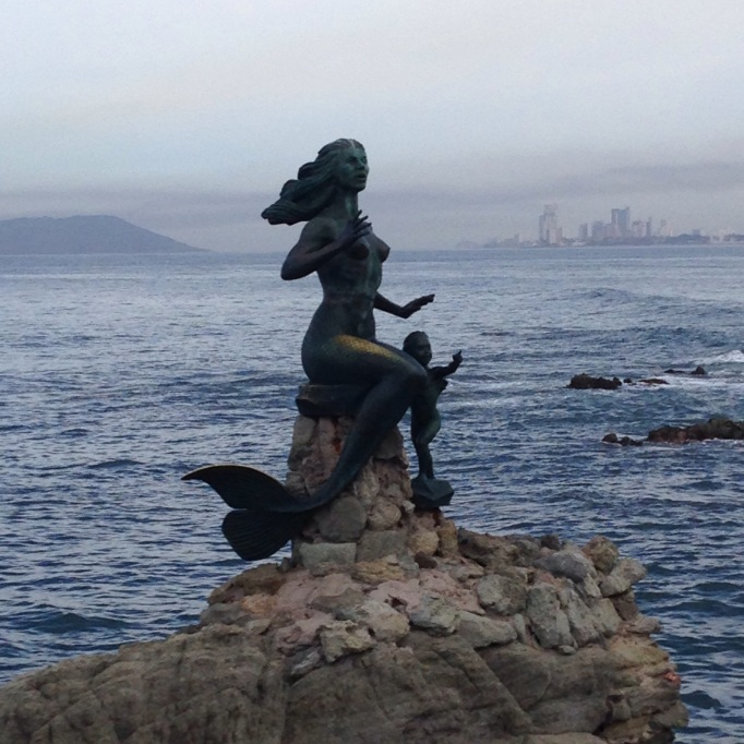Statue on the malecon
